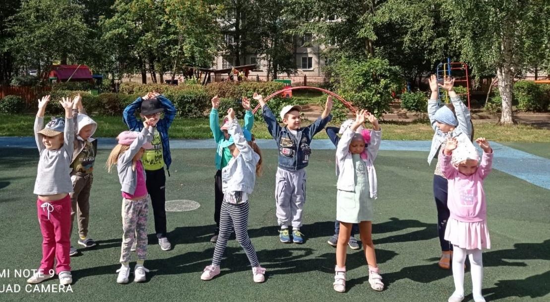 Спортивный досуг для обучающихся группы №1 «Делай с нами, делай как я»